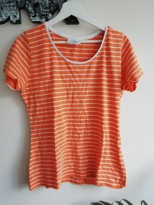 orange-weiß gestreiftes T-Shirt