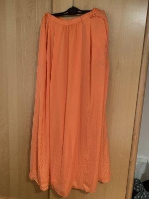 Orangefarbener Maxirock