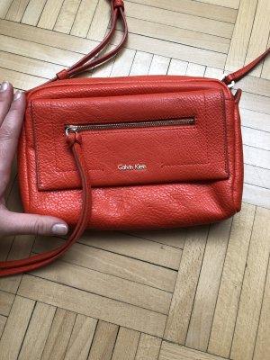 orangene Calvin Klein Tasche