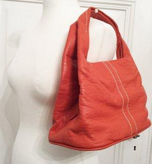 Orangene Handtasche aus Echtleder von Fabiani mit insgesamt drei Fächern