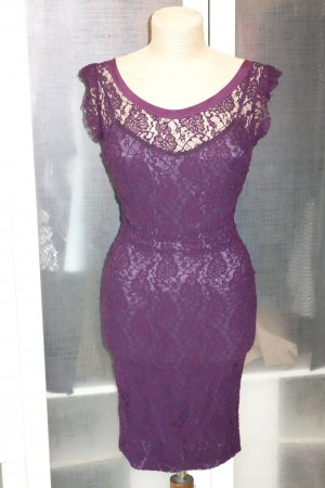 Org. DOLCE & GABBANA black label Spitzen-Kleid in dunkel-violett Gr.34