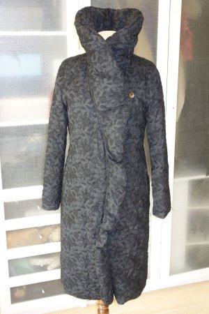 Org. SONIA BOGNER Daunenmantel mit Stickereien in schwarz Gr.38