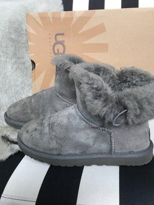 Org. UGG Boots Bailey Button Mini Grau Stiefel Stiefeletten 37