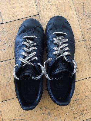 Orginal Adidas Turnschuhe Gr.38, schwarz