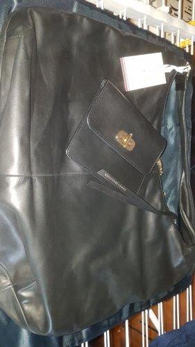 orginal Tommy Hilfiger Damen Handtasche in echt Leder schwarz Neu!!!