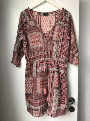 Orientalisch gemustertes 3/4 Arm Kleid mit Schnürchen