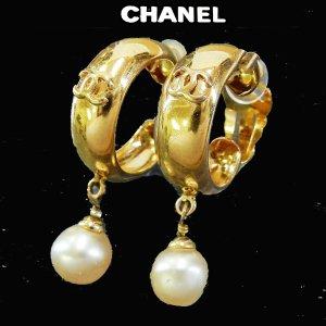 Chanel Orecchino a clip oro Metallo