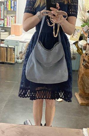 Orig. PRADA Tasche * Beuteltasche * Leder Bag* Veloursleder * blau * NP 1395€
