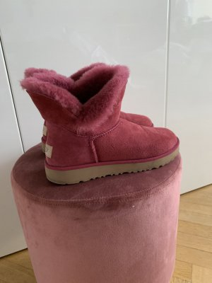 UGG Australia Fur Boots purple-raspberry-red leather