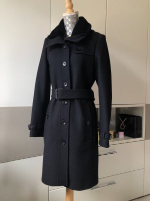 Burberry Płaszcz zimowy czarny