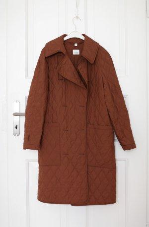 Burberry Abrigo acolchado marrón