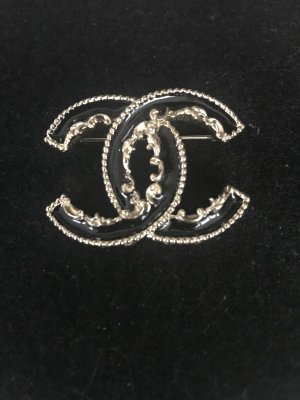 Chanel Brooch black