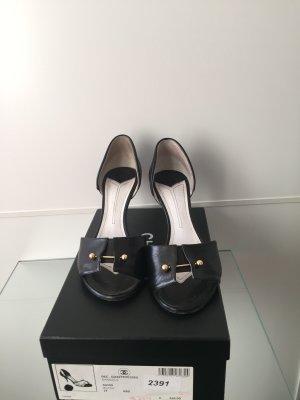 Chanel Sandały japonki czarny Skóra