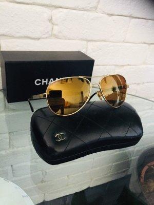 Chanel Occhiale da pilota marrone scuro-oro