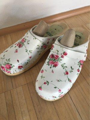 Pantoufles-chaussette blanc-rouge brique