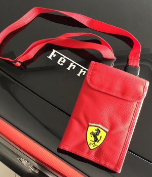 Original Ferrari Travel Bag Geldbeutel Geldbörse Portemonnaie rot neu