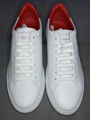 Givenchy Lace-Up Sneaker white-red