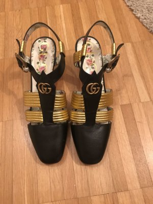 Gucci Pointed Toe Pumps gold-colored-black