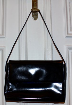 original Gucci Tasche schwarz Lackleder Magnetverschluss