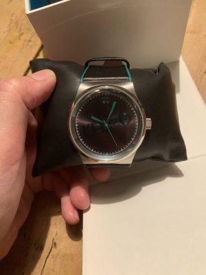 Kenzo Reloj con pulsera de cuero negro-turquesa