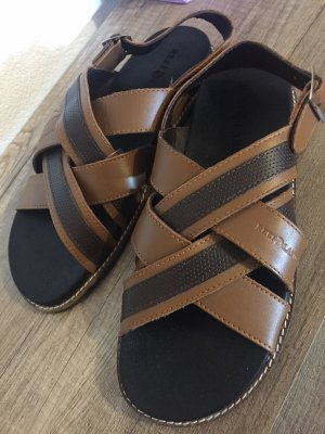 Reef High-Heeled Toe-Post Sandals brown leather