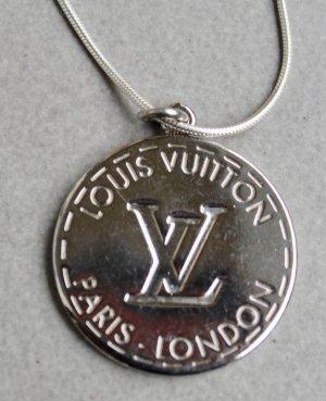 original LV Louis Vuitton Anhänger Medaillon silber mit Kette Silber 50cm