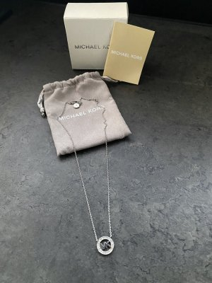 Michael Kors Collar color plata