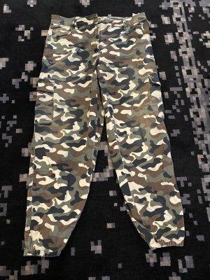 Original Patrizia Pepe Hose Camouflage 36 neu