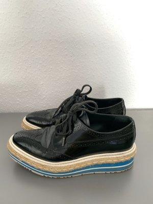 Prada Sneaker con tacco nero