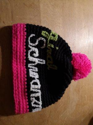 Bonnet en crochet noir coton