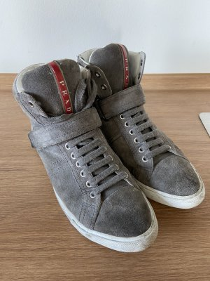 Original Sneaker von Prada