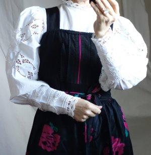 Original Sportalm Kitzbühel, made in Austria, Dirndlbluse, Baumwolle Leinen Spitze, weite Ballonärmel mit Spitze, hochgeschlossen mit Rüsche/Spitze am Kragen, Gummizug unter der Brust, wunderschön und hochwertig, neuwertig, NP € 120,- Gr. 36/38