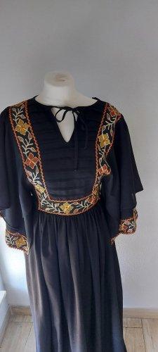 Lucie Linden Sukienka boho czarny Tkanina z mieszanych włókien