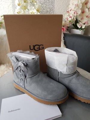 UGG Winter Booties light grey