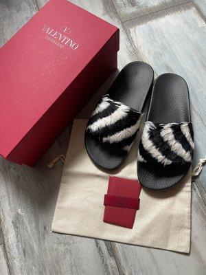 Valentino Garavani Beach Sandals black-white