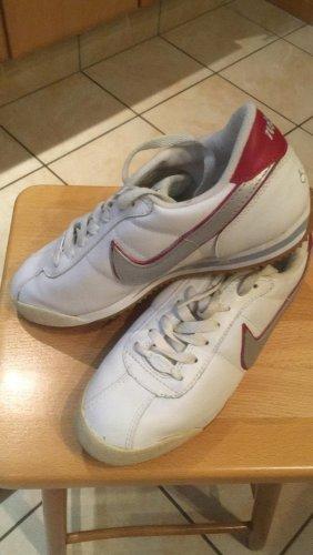 Original Vintage Nike Sneakers