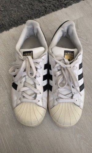 Originale Adidas Superstars Schuhe