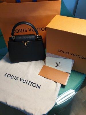 Originale Louis Vuitton Handtasche M42259 Capucines PM, Fullset!