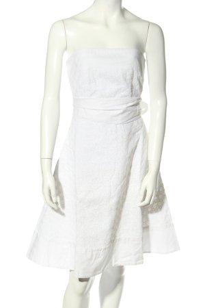 Orsay Vestido bandeau blanco look casual