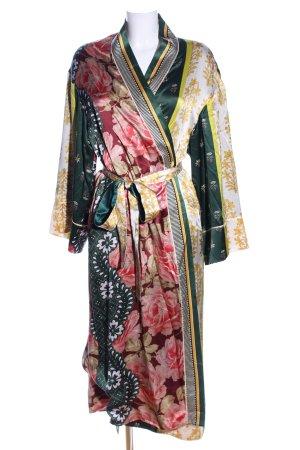 Oscar de la renta Kimono flower pattern casual look