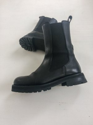 & Other Stories Chunky Sole Leather Chelsea Boots 40 Schwarz Leder Stiefel