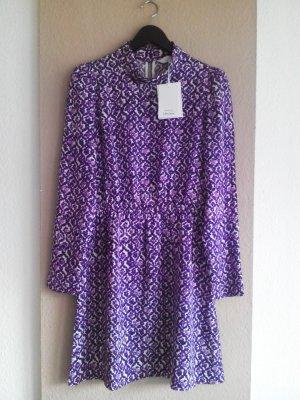 & other stories kurzes Kleid in weiß-lila, Paris Atelier, Größe 38, neu mit Etikett
