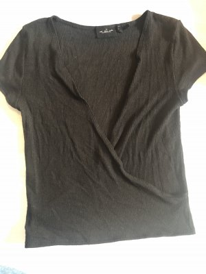 Out from under tshirt schwarz s