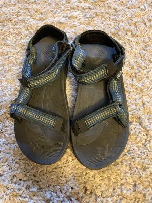 Outdoor-Sandale