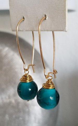 Ovale 18k Gold Boho-Ohrringe mit türkiser Glas-Perle (Handgemacht)