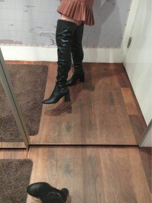 Over knees Stiefel