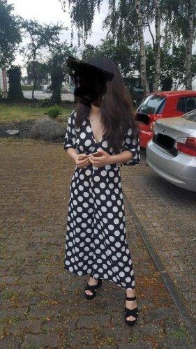 Bohoo Kombinezon czarny-biały Tkanina z mieszanych włókien