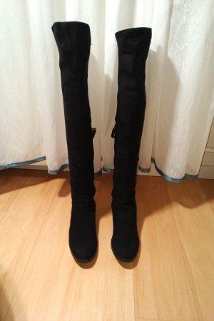Ricardi Botas sobre la rodilla negro