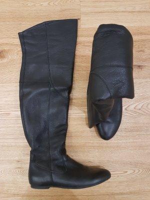 Akira Overknees black leather