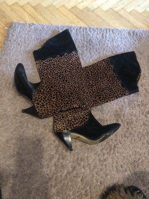 Botas sobre la rodilla negro-marrón